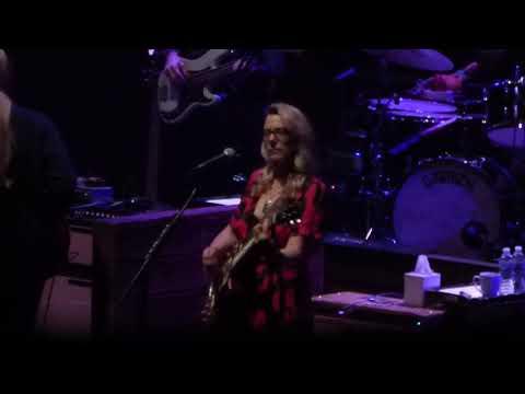 Tedeschi Trucks Band - Do I Look Worried 10-13-18 Beacon Theatre, NYC