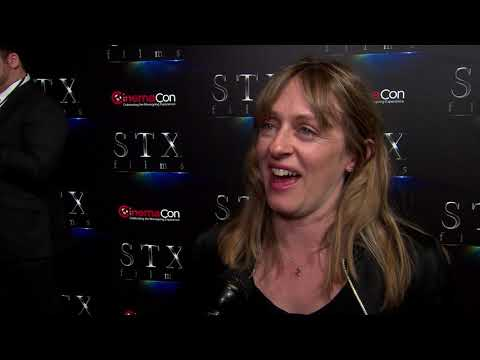 cinemacon-2019---stx---poms---itw-zara-hayes-(official-video)