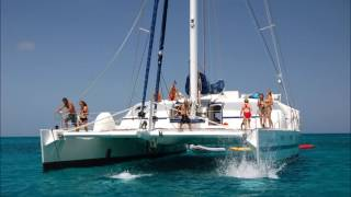 Hire private yacht in Goa for couple or group