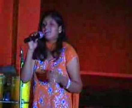 shanaaya singing live