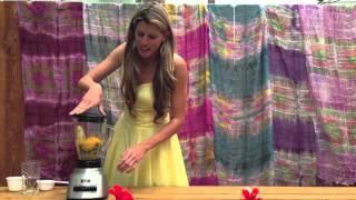 Smoothie Recipe: How To Make A Peach Blueberry Banana Smoothie