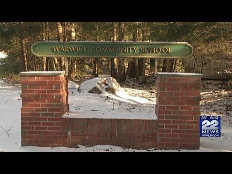 Warwick residents fight to keep Warwick Community School open