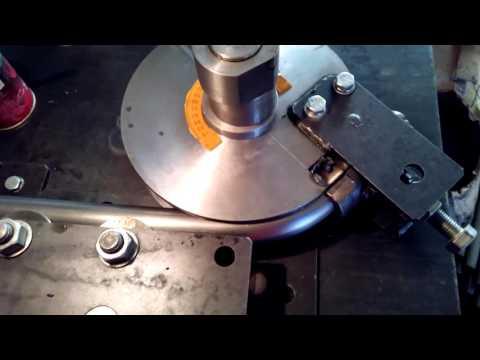 Гнем тонкостеннуб трубу диаметром 38 мм.