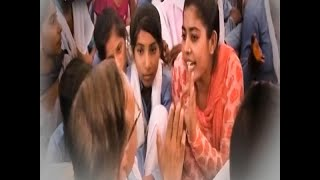 No 'Science-Commerce' Subjects In This Girl School of Rewari | Ghanti Bajao
