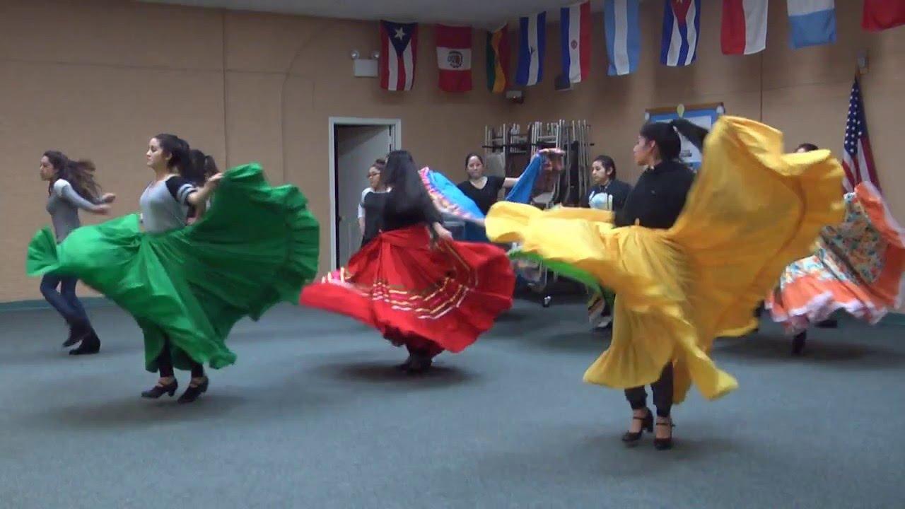 Ballet Folklorico De Mexico Dance Review The New York Times