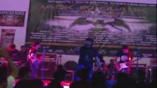 master of disharmony intro and titik dalam koma cover divide back in black 2