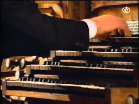 Johann Sebastian Bach - Toccata e fuga in Re minore (Karl Richter all'organo a canne)