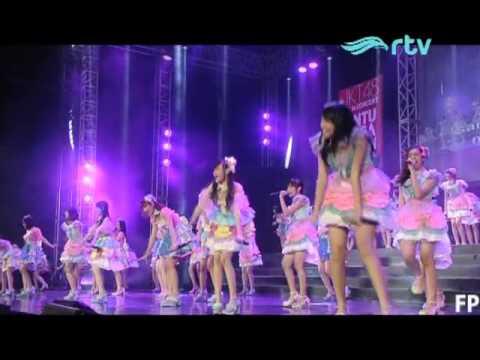 JKT48 - Overture+Gingham Check @ Konser JKT48 RTV (27-6-2015)