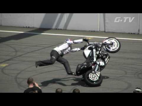 Chris Pfeiffer Stuntriding  2010 Finalround 1