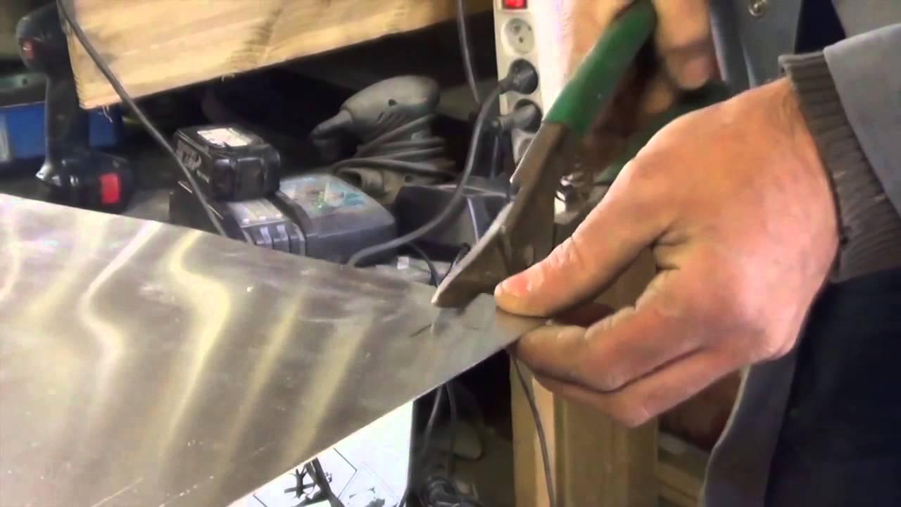 Good comptoir du zinc marc et manuela rabaland with plaque for Plaque de zinc pour recouvrir un meuble