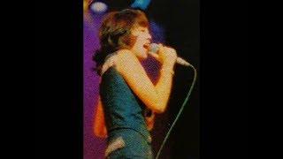 「ライブ! 岡崎友紀マイ・ コンサート」より。 1974年12月 郵便貯金ホ...