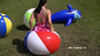 Video Bu 103 Popping beach balls download MP3, 3GP, MP4, WEBM, AVI, FLV September 2017