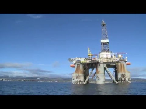 OIL RIGS STACK UP IN CROMARTY FIRTH