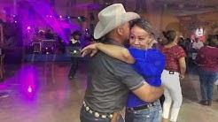 Vamos  bailar Durangense con el Grupo terrateniente de Oklahoma City