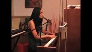 Noora Noor - Gone with the wind (T.C. cover)