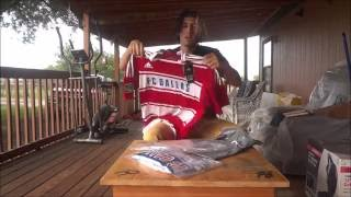 Unboxing soccer jerseys from classicfootballshirts.co.uk