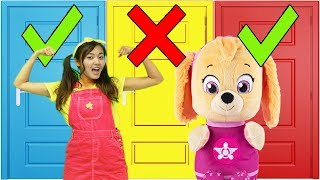 Ellie Can't Choose the Wrong Door - Toy Story 4 Movie Color Doors