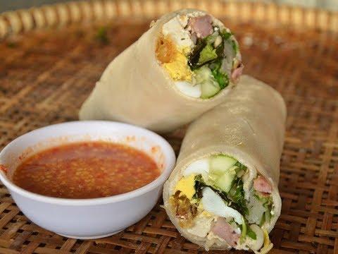 Quá ngon với món bánh cuốn Tây Sơn đúng chất Bình Định ở Sài Gòn