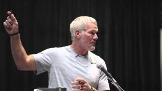 Brett Favre tells how he learned to read the nickel defense
