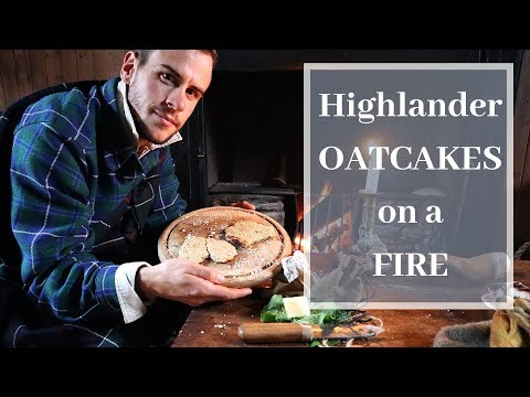Making OATCAKES on a Fire (Highlander Trekking Food, Wild Edibles)