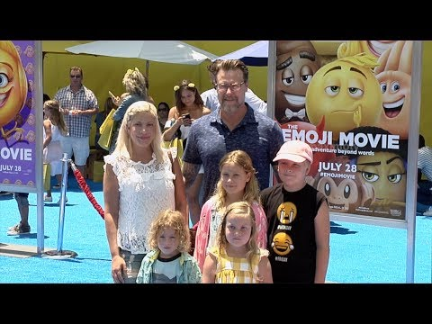 "Tori Spelling, Dean McDermott ""The Emoji Movie"" World Premiere"