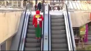 Funny Short Video Prank Escalator    Very Funny Video 2017
