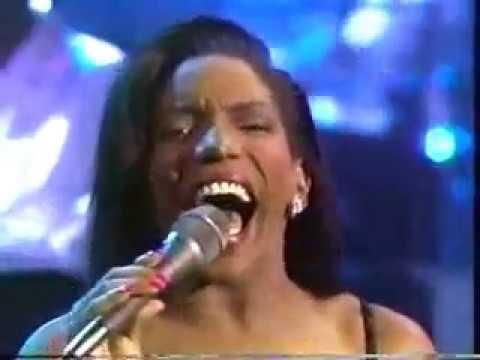 STEPHANIE MILLS - I FEEL GOOD ALL OVER (Live w/ lyrics)