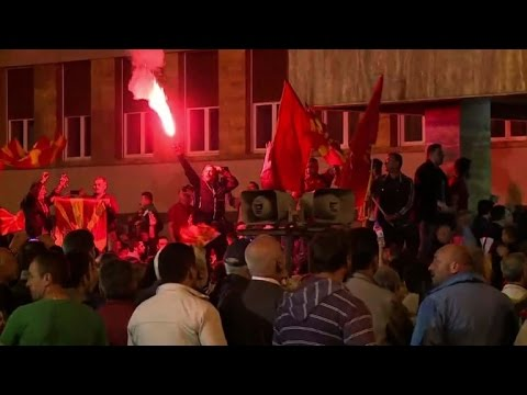 Thumbnail: Violence erupts as protesters storm Macedonia parliament