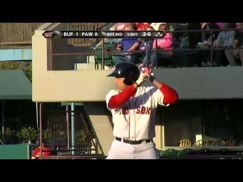 Red Sox' Cecchini drives in a run