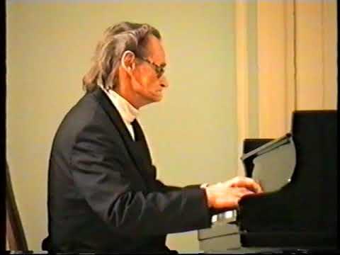 Igor Zhukov recital in Moscow Dec. 23, 1997 - Part 1