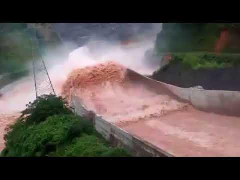 Dams in Laos got break 2018 Laos dam collapse: Many feared dead as floods hit villages