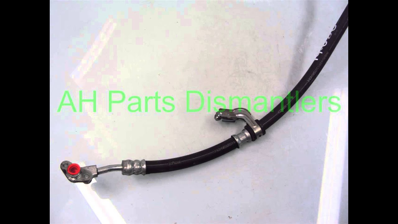 View Of The Power Steering Pump And Related Components200406 Sienna