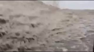 Жуткий потоп в Аркадии (видео) Одесса 2016(https://youtu.be/imAvxuh011w., 2016-08-07T18:54:54.000Z)