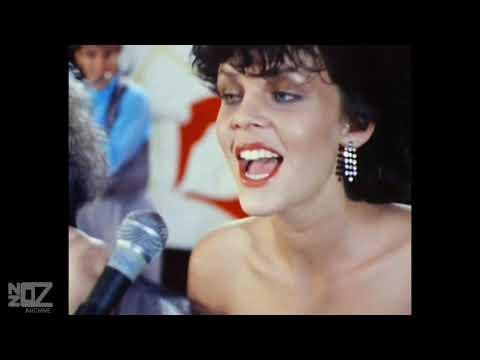 DD Smash - Magic (What She Do) (1984)