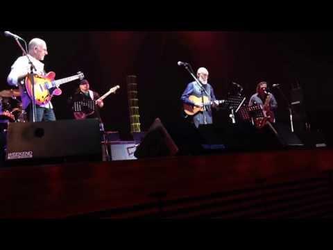 Larry Carlton & David T. Walker : The Well's Gone Dry (Live) 2014