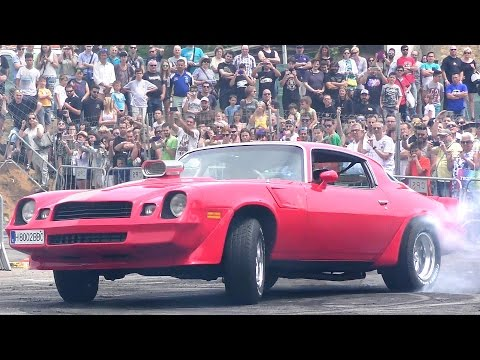 Chevrolet Camaro Burnouts And Donuts Smoking Tires 2017 (Gallery Cars & Sounds)