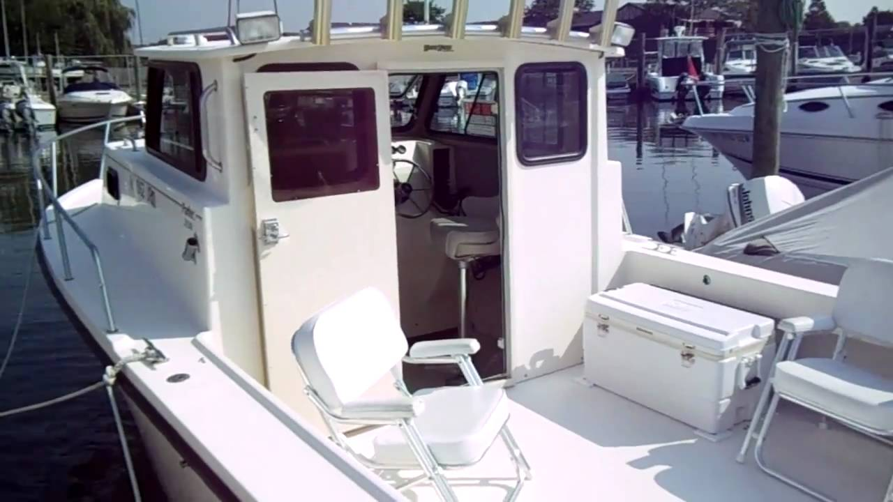 Fishing Boats For Sale >> Review 1997 Parker 2520 Fishing Boat For Sale Brand New Merc 5 0 Engine