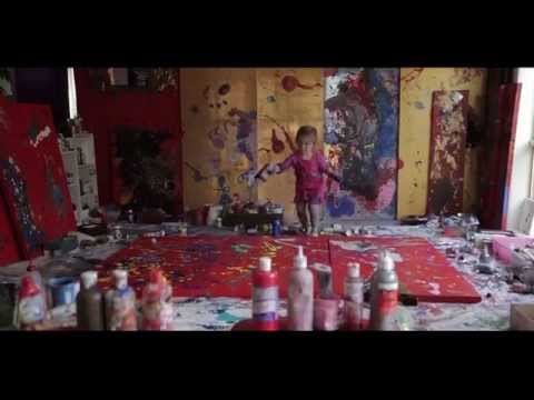 Documentary: Media coverage of Aelita Andre & live painting in front of 20,000 audience