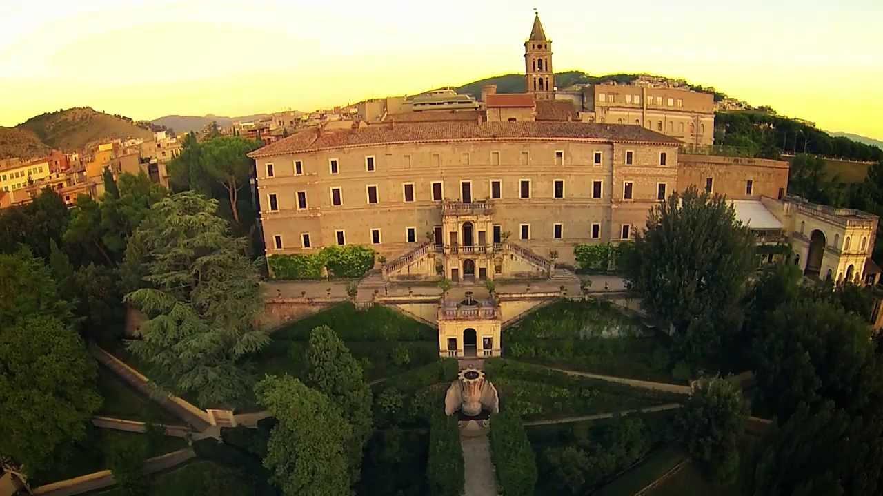 Villa DEste a Tivoli ripresa con un drone  YouTube