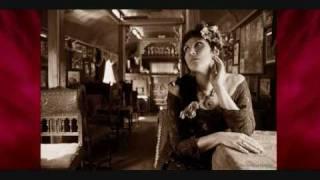 Blue eyes (Elton John) - Lynni Treekrem