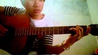 huong dan solo gitar tôi thấy hoa vàng trên cỏ xanh