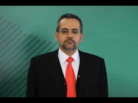 Ao vivo: ministro da Educação explica corte no orçamento das universidades na Câmara