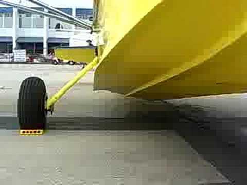 Kit SeaRey plane, 800hr to build ~$60K, Range 400miles at 20mile/Gallon, lands on water or runway, Salinas CA Air show 2008 -5
