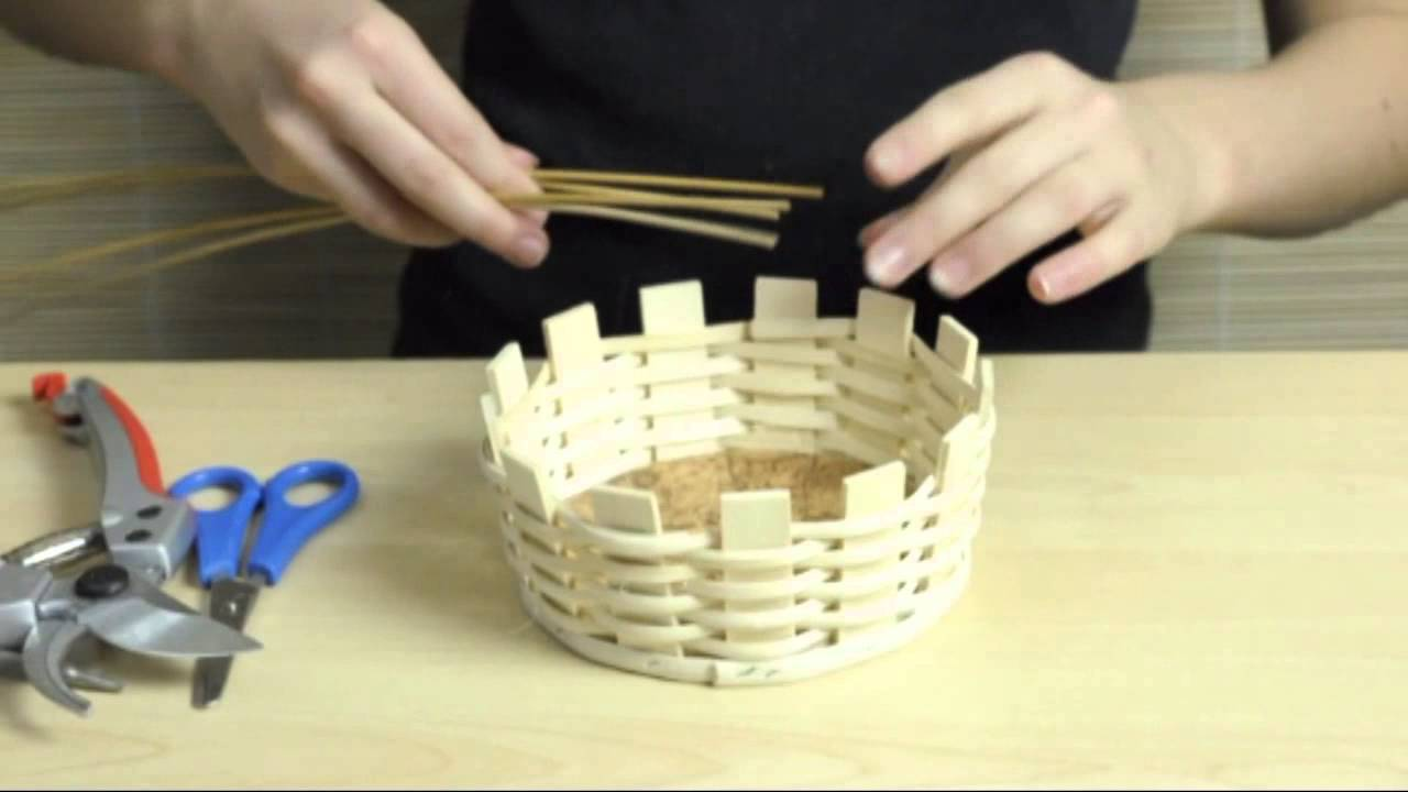 Basket Weaving Easy Basket Tutorial Zuckerlkorb2 Youtube