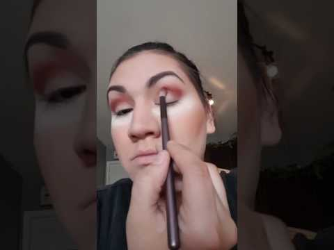Home made eyeshadow tutorial..  1st one ever!  Don't judge my mute ness
