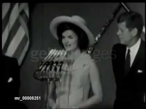 Jackie Kennedy Speaks Spanish In Mexico