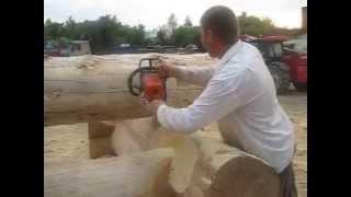 Выпиливание черновой чаши. Канадская рубка(Срубы из Псковской области: Канадка ( Канадская чаша). http://domlafet.ru Russia log cabin, Russia log house Canadian hand-crafted log cabin., 2013-07-18T14:56:04.000Z)