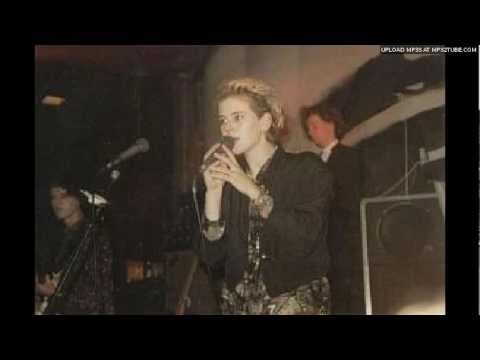 clan of xymox - equal ways live (1985)