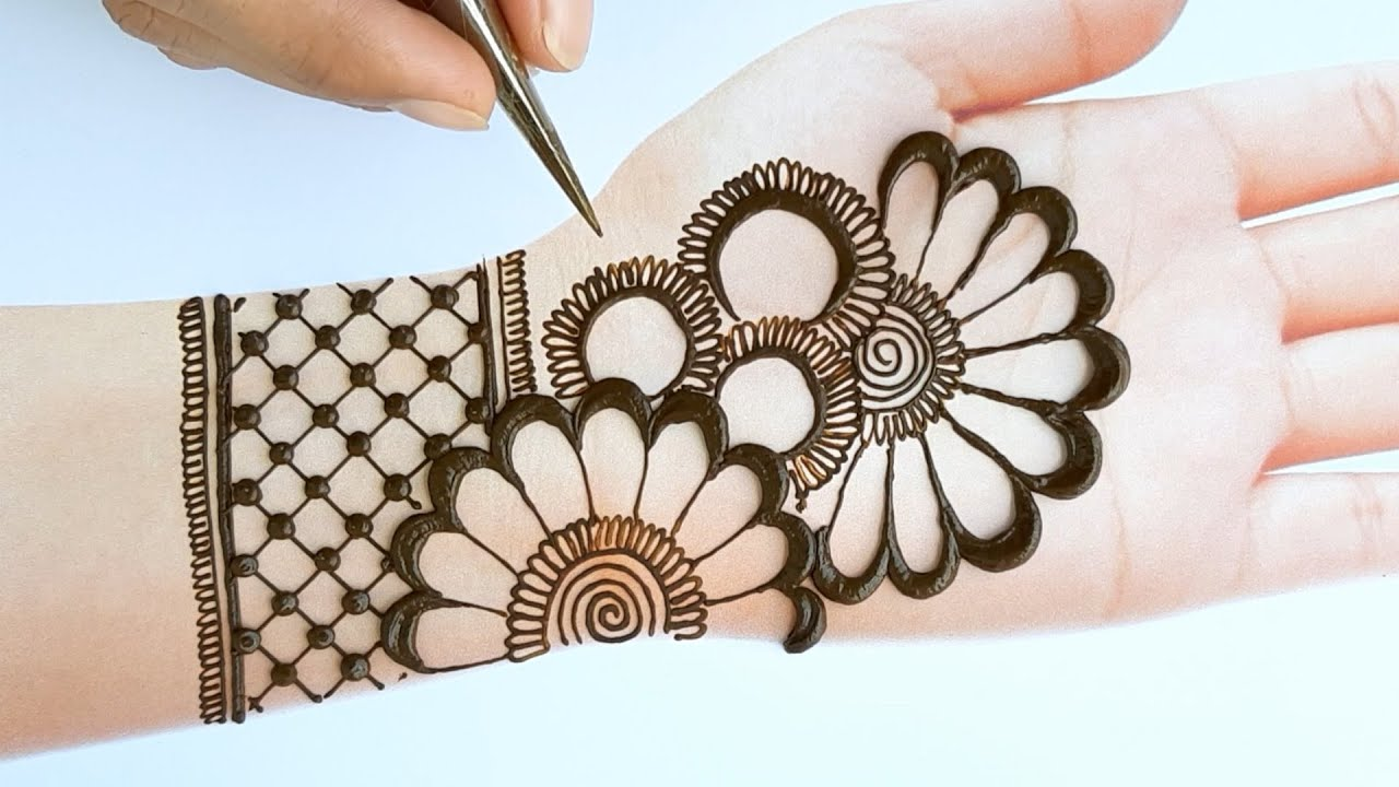 new style mehndi design front hand