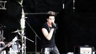 Adam Lambert - Whataya Want From Me? *IMPROVED VERSION* Moscow